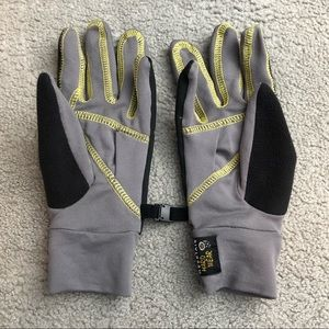 Mountain Hardwear gloves size small